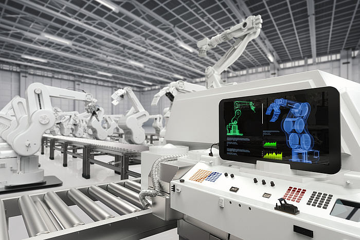 Viele weiße produktionsroboter. In der Mitte befindet sich ein silbernes Laufband.