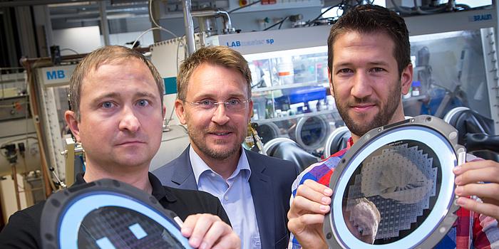 Dreifacher Doppler: Startschuss für neue CD-Labors