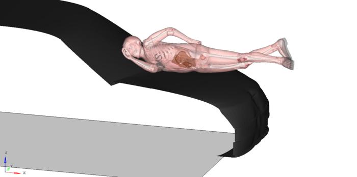 Unfall-Simulation, bei der ein Mensch auf die Motorhaube prallt.
