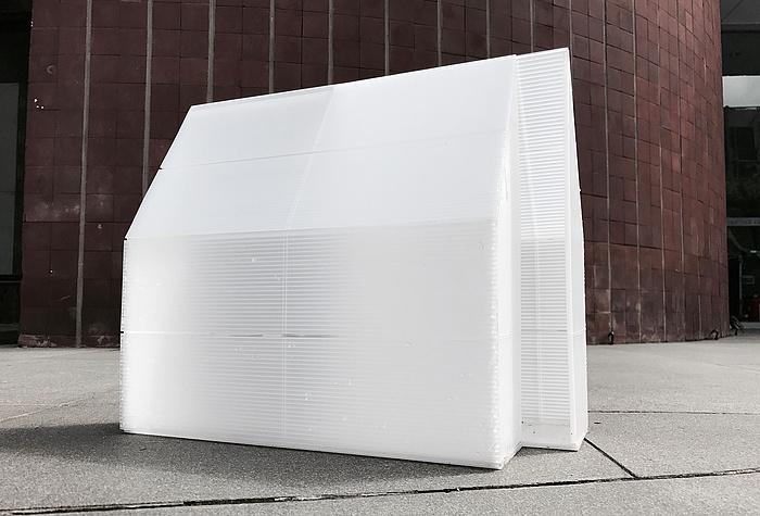 Foto des weißen Modell-Pavillons
