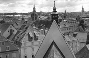 Ausschnitt der Dachlandschaft von Graz