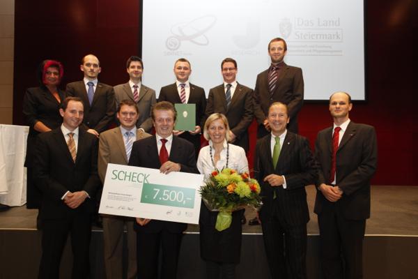Gruppenbild IEE bei Übergabe des Forschungspreises