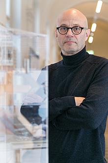 Portraitaufnahme von Tom Kaden