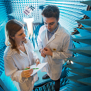 Two scientists in an acoustic room. Photo source: Lunghammer - TU Graz