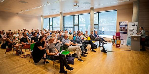 Vortrag in einem Hörsaal der TU Graz.