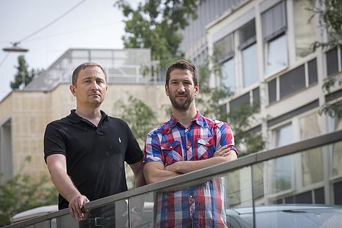 Michael Sternad und Georg Hirtler forschen am CD-Labor für Lithium-Batterien an der TU Graz