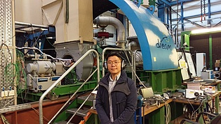 Dr. Sanggyu Kang from the Fuel Cell Hybrid System Team at the Environment and Energy Research Division of the Korea Institute of Machinery and Materials visited our institute as well as the fuel cell labs at the Institute of Thermal Engineering and at the Institute of Chemical Engineering and Environmental Technology in October 2018.