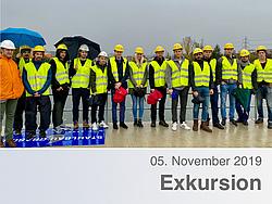 Gruppenfoto der ExkursionsteilnehmerInnen auf dem Murkraftwerk Puntigam.