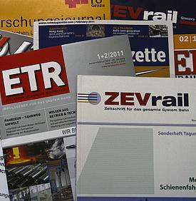 Foto mit verschiedenen Zeitschriften