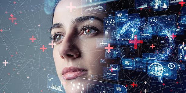 Gesicht einer Frau neben Computeranimationen