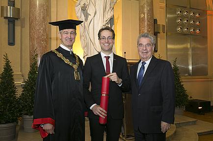 Rector Harald Kainz, Carlo Alberto Boano and Federal President Heinz Fischer.