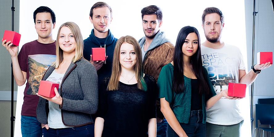 7 Studierende der TU Graz freuen sich über ihre Studienwahl: Ko Odreitz, Johanna Lippitz, Thomas Huber, Elisabeth Salomon, Philipp Berner, Hannah Mayer, Martin Gabriel (v.l.).