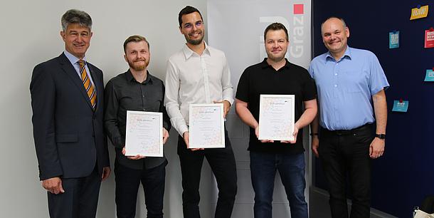 TU Graz teachers with their OER certificates.