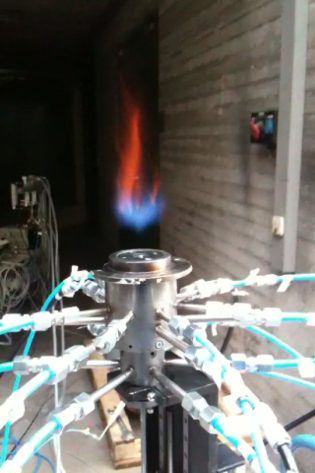 TiO2 seeding particles glowing in the flame