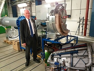 Prof. Heitmeir proudly presents our new wind tunnel for turbine flow investigations which is going into operation in June.
