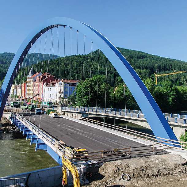 Ein Brücke für den Autoverkehr.