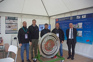 Prof. Heitmeir visits the institute members who worked in our booth at the Airpower 2019