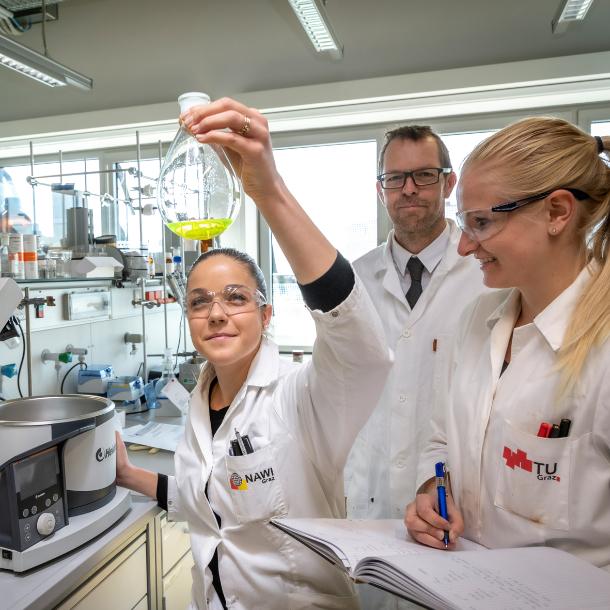 Forschende im Labor