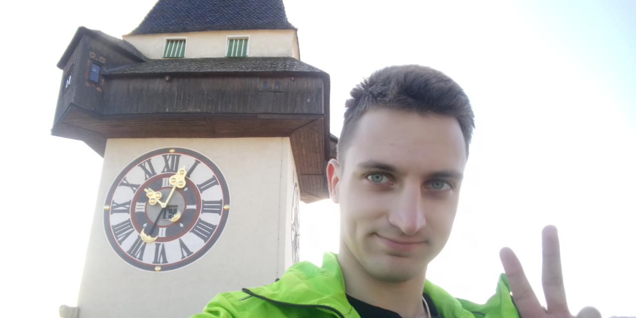 Graz, Schlossberg, Student, photo taking